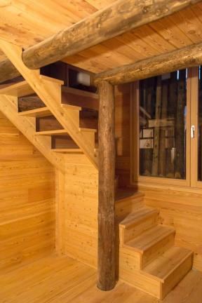 scale interne casa - Chiesa in Valmalenco