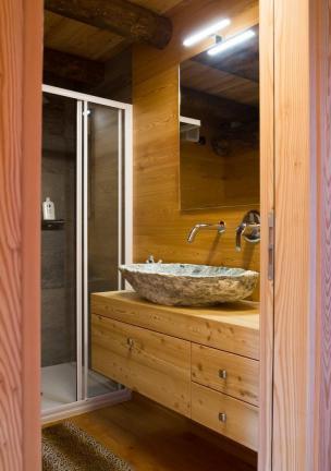 bagno rustico - Chiesa in Valmalenco