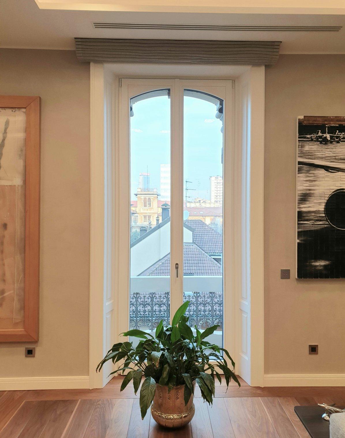 finestra plus 78 modello centro storico e imbotti - Milano