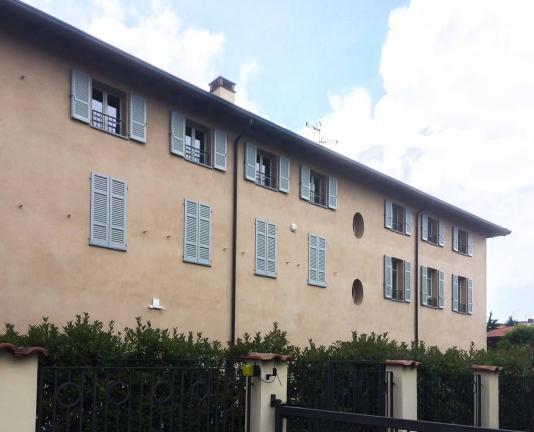 finestre basic 68 mm e persiane laccate - Villasanta