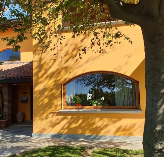 finestra ad arco basic 68 mm in rovere - Castelnuovo Bozzente