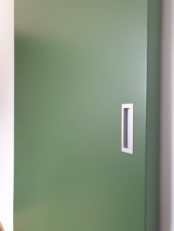 dettaglio maniglia porta scorrevole a muro - Sondrio